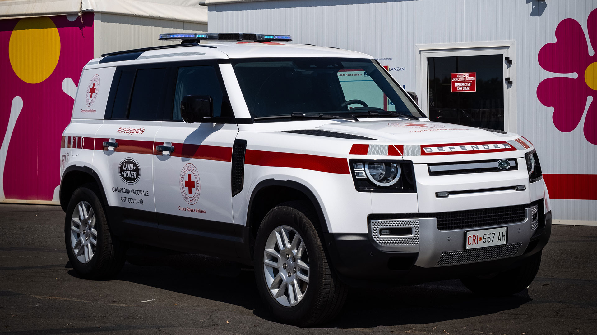 Croce Rossa Italiana - Land Rover Defender forWorks   Land Rover IT