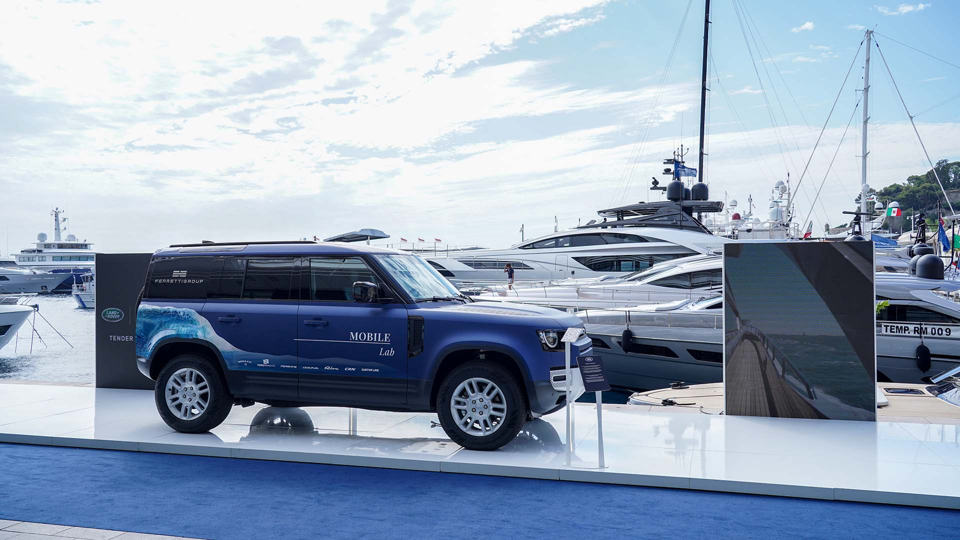 Ferretti Group Mobile Lab - Land Rover Defender forWorks | Land Rover IT